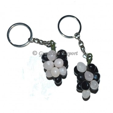 Black and Rose Grapes Keychian