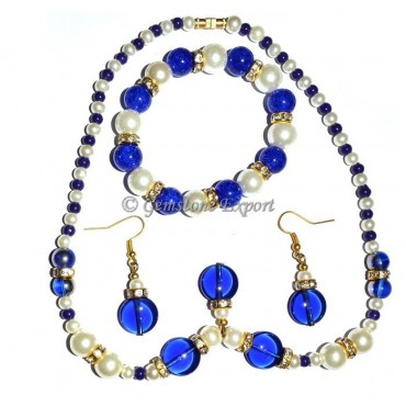 Blue and pearl Necklace