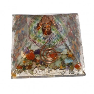 7 Chakra Stone With Flower Of Life Orgonite Pyramid