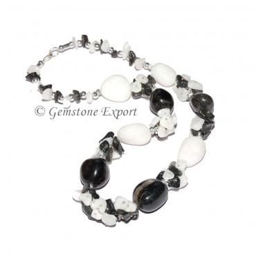 White & Black Agate Fashion Necklace